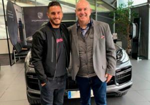 Pemain Atletico Madrid Jalin Hubungan Singkat Dengan Cayenne Turbo